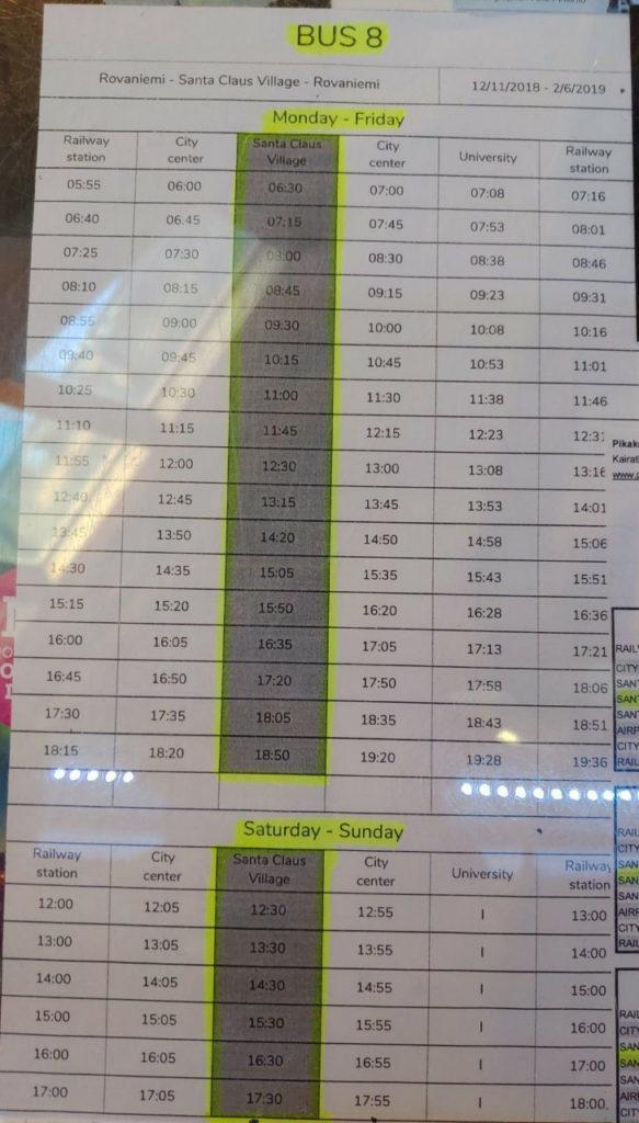 サンタクロース村から市内へバスの時刻表