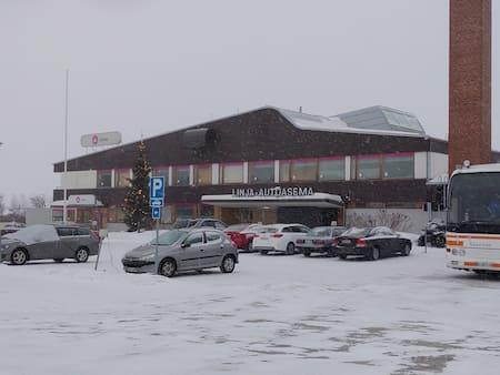 Rovaniemi-bus-parking