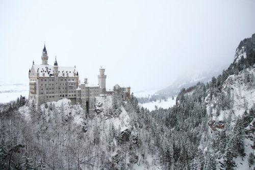 マリエン橋から見るノイシュヴァンシュタイン城の冬の景色