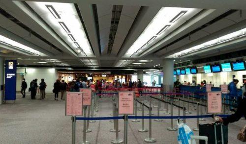 香港ターミナルの中
