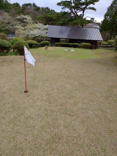 六甲山カンツリーハウスでのパターゴルフ