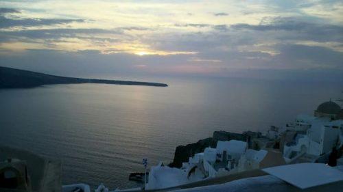 サントリーニ島の海と空
