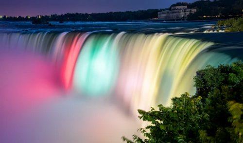 ナイアガラの滝-夜景-ライトアップ
