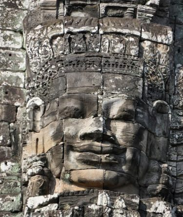 南大門から入るアンコールトム! 顔だらけの 異空間のカンボジアへ
