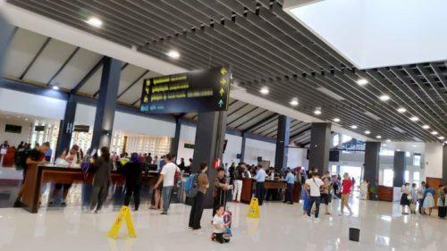 カンボジア空港のビザ申請