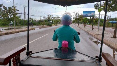 カンボジア空港から市内まで