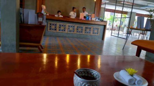 カンボジアのホテルのレセプション