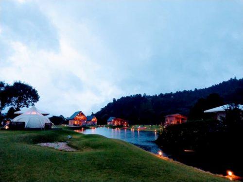 滋賀のクラブエレメントの夕方の景色