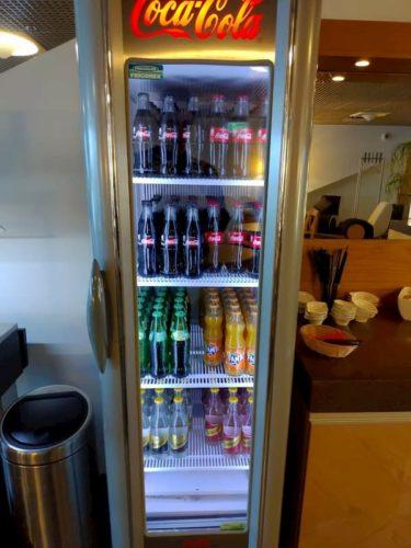 タリン空港ラウンジの飲み物
