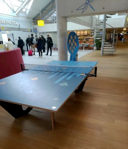 タリン空港の卓球