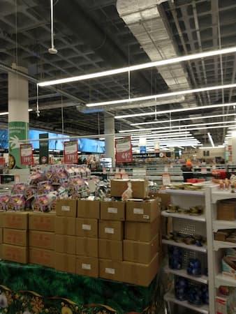 ウラジオストクのカリナショッピングモ-ル売場1